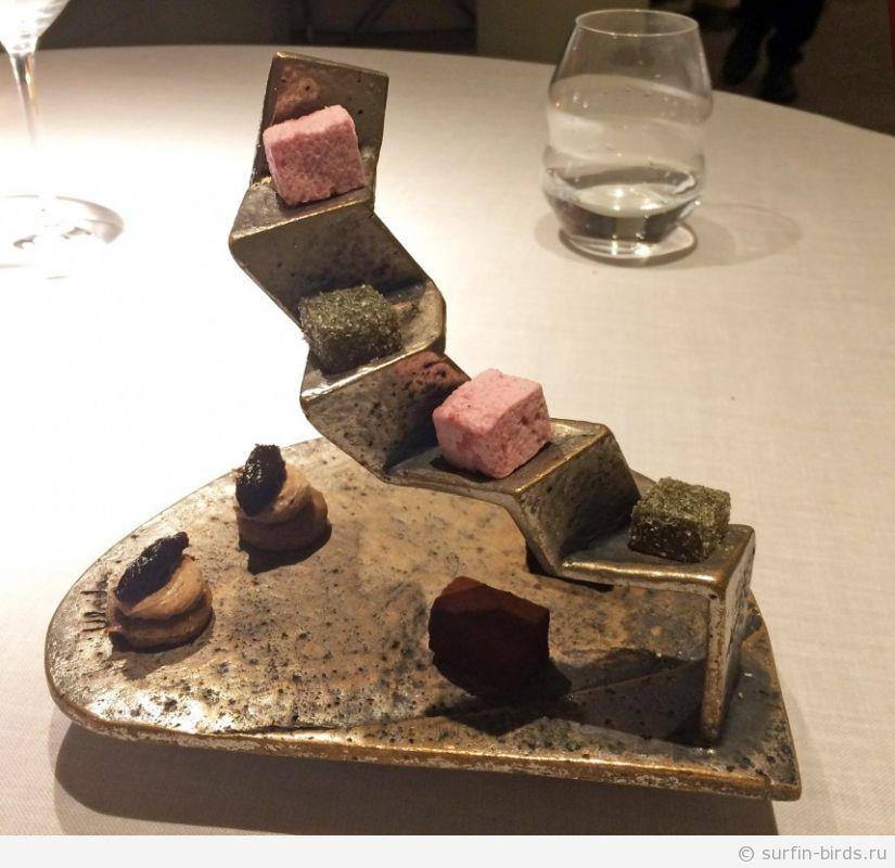Барселона, ресторан с мишленовской звездой. Стоит ли того?