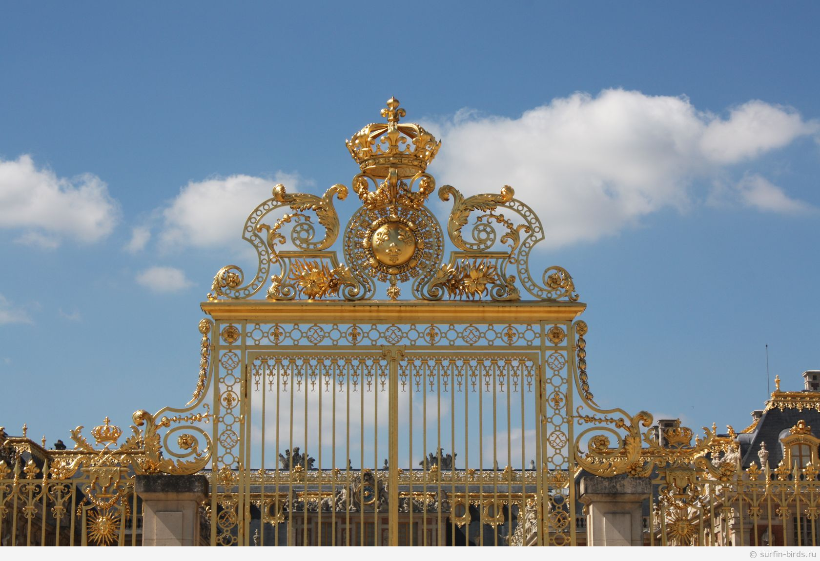 Версаль вход